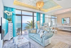 A seating area at El Oceano Beach Hotel