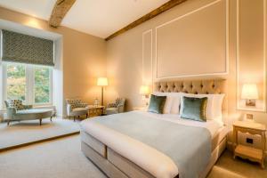 Ein Bett oder Betten in einem Zimmer der Unterkunft Château Wittem