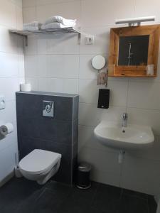 Ein Badezimmer in der Unterkunft Stad & Strandhotel Elisabeth