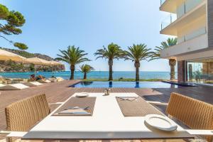 Piscina di Melbeach Hotel & Spa - Adults Only o nelle vicinanze
