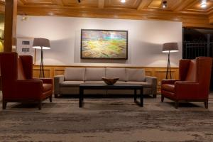 A seating area at Whistler's Inn