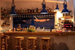El salón o zona de bar de Hotel Puntagrande