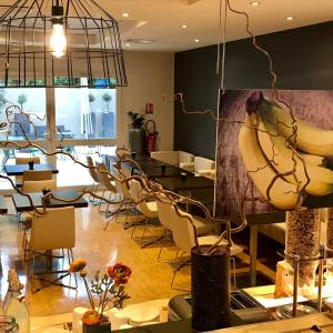 A restaurant or other place to eat at easyHotel Nice Palais des Congrès – Old Town