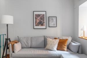 Area soggiorno di Via Veneto Newly Renovated Cozy Apartment