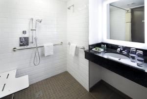 A bathroom at The Lodge at Duke Medical Center