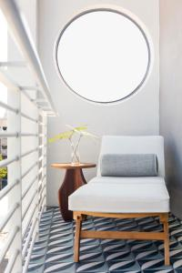 A seating area at Mr. C Miami - Coconut Grove