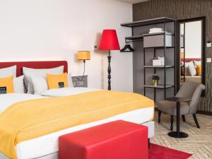 A bed or beds in a room at the niu Franz
