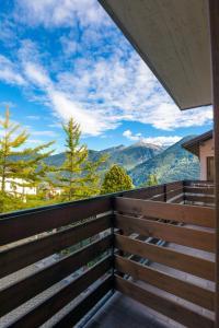 A balcony or terrace at Hotel Ristorante Miravalle
