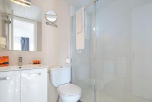 Łazienka w obiekcie Duvabitat Apartments