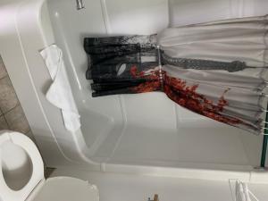 A bathroom at Motel Cle O Spa Inn