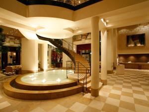 The lobby or reception area at Hotel Nikko Kanazawa