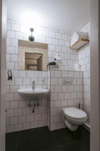 A bathroom at Guest house Hiša Budja