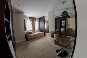 A seating area at Santa Catarina Plaza Hotel