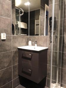 A bathroom at Stetind Hotel