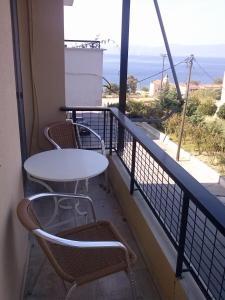 Μπαλκόνι ή βεράντα στο Ταίναρο