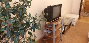 Телевизор и/или развлекательный центр в Heart Тверская