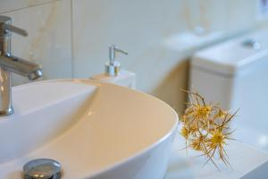 Bagno di Nissi Collections Rooms
