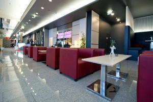 Lounge oder Bar in der Unterkunft Pannonia Tower
