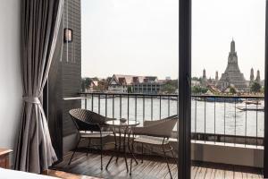 Balcone o terrazza di ARUN Riverside Bangkok