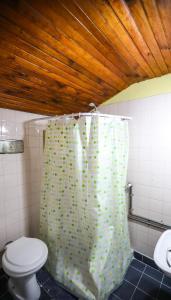 Un baño de KM SUN HOSTEL
