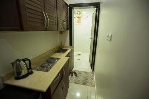 A cozinha ou cozinha compacta de Shams Alshate