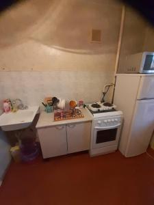Кухня или мини-кухня в Амурский бульвар 66 (2) Вокзал