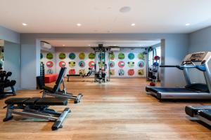 The fitness center and/or fitness facilities at ibis Styles East Perth