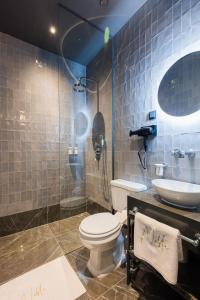 A bathroom at Noble Boutique Hotel - Adults Only