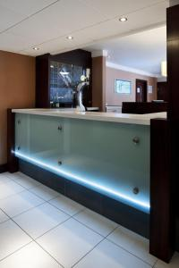 The lobby or reception area at Holiday Inn Express Leeds-East, an IHG Hotel