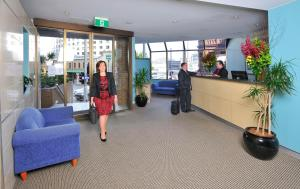 The lobby or reception area at Metro Apartments On Darling Harbour