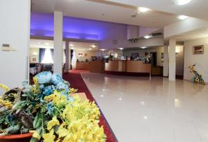 The lobby or reception area at Iris Hotel