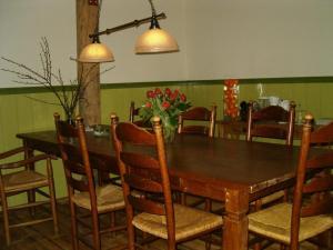 Een restaurant of ander eetgelegenheid bij Bed and Breakfast Annen