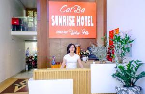 The lobby or reception area at catba sunrise hotel