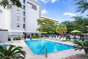 The swimming pool at or near SpringHill Suites Houston Medical Center / NRG Park
