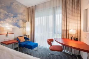 A seating area at Comfort Hotel Friedrichshafen