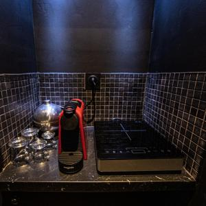 A kitchen or kitchenette at Le Hammam du Panier