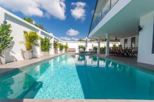 The swimming pool at or near Seaview Pool Villa 3BR, Long Beach - Monkey Villa