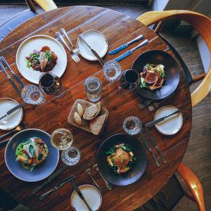Lunch and/or dinner options available to guests at Bridge Street House