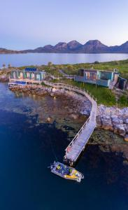 A bird's-eye view of Picnic Island