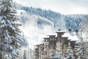 The Chateaux Deer Valley during the winter