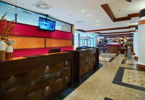 The lobby or reception area at Leipzig Marriott Hotel