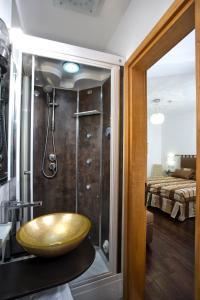 A bathroom at Albergo Marin