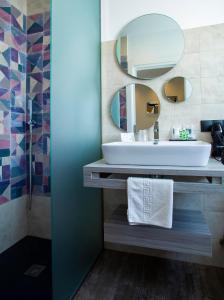 Salle de bains dans l'établissement Hostal Sevilla Santa Justa - Adults only