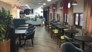 A restaurant or other place to eat at Trivelles Regency, Nottingham