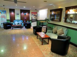 The lobby or reception area at The Waterside