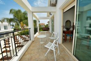 A balcony or terrace at Crystal Sea Villa