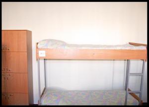Двох'ярусне ліжко або двоярусні ліжка в номері Cinema Comfort City Hostel