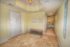 442 Edgewater villa