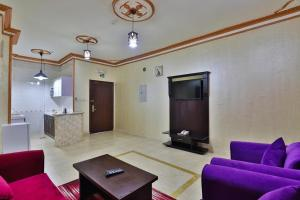 Uma área de estar em Flora Park Yanbu 1 Hotel Suites
