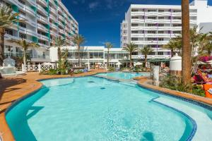 The swimming pool at or close to Abora Buenaventura by Lopesan Hotels